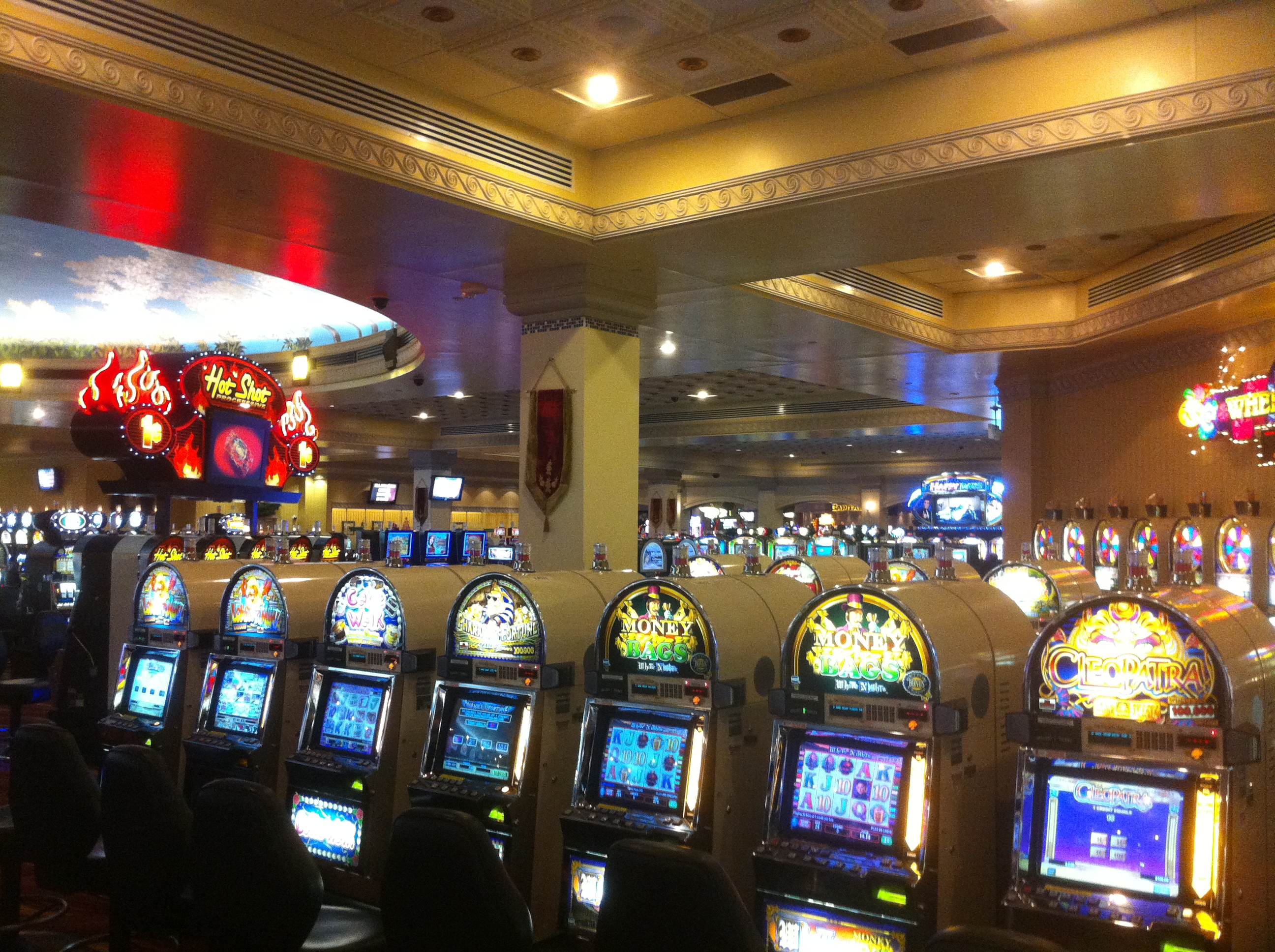 Slots 4 fun loves park il