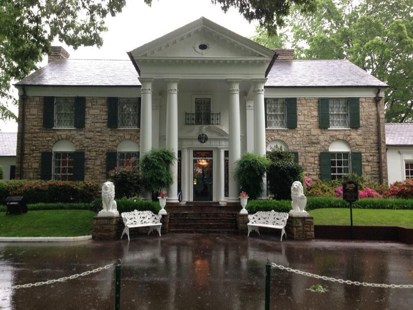 Graceland Mansion Tour Times